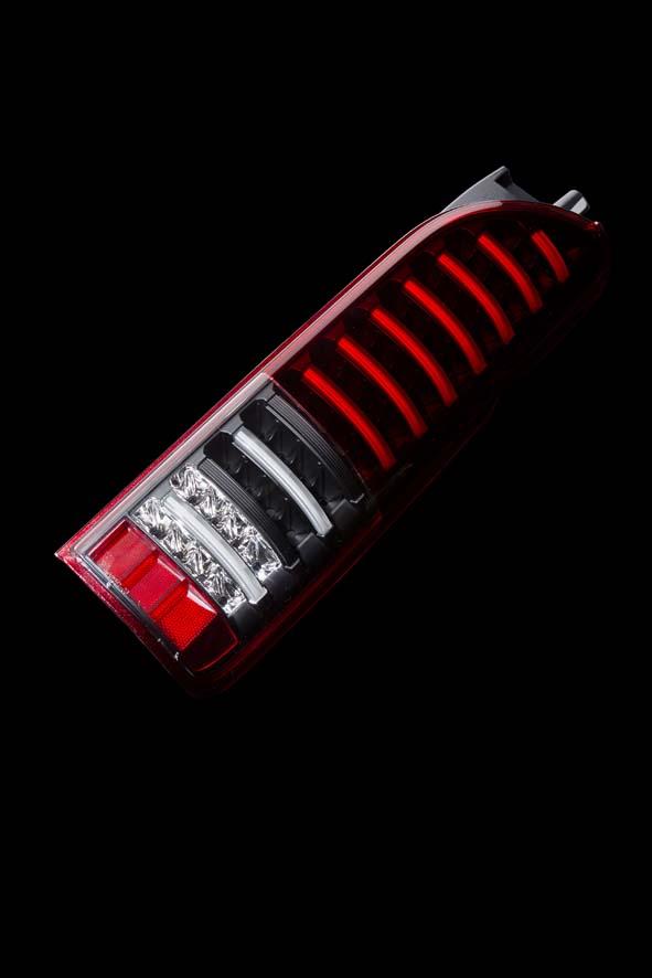 ジュエルLEDテールランプTRAD ハイエース/レジアスエース(200系) (数量限定モデル)